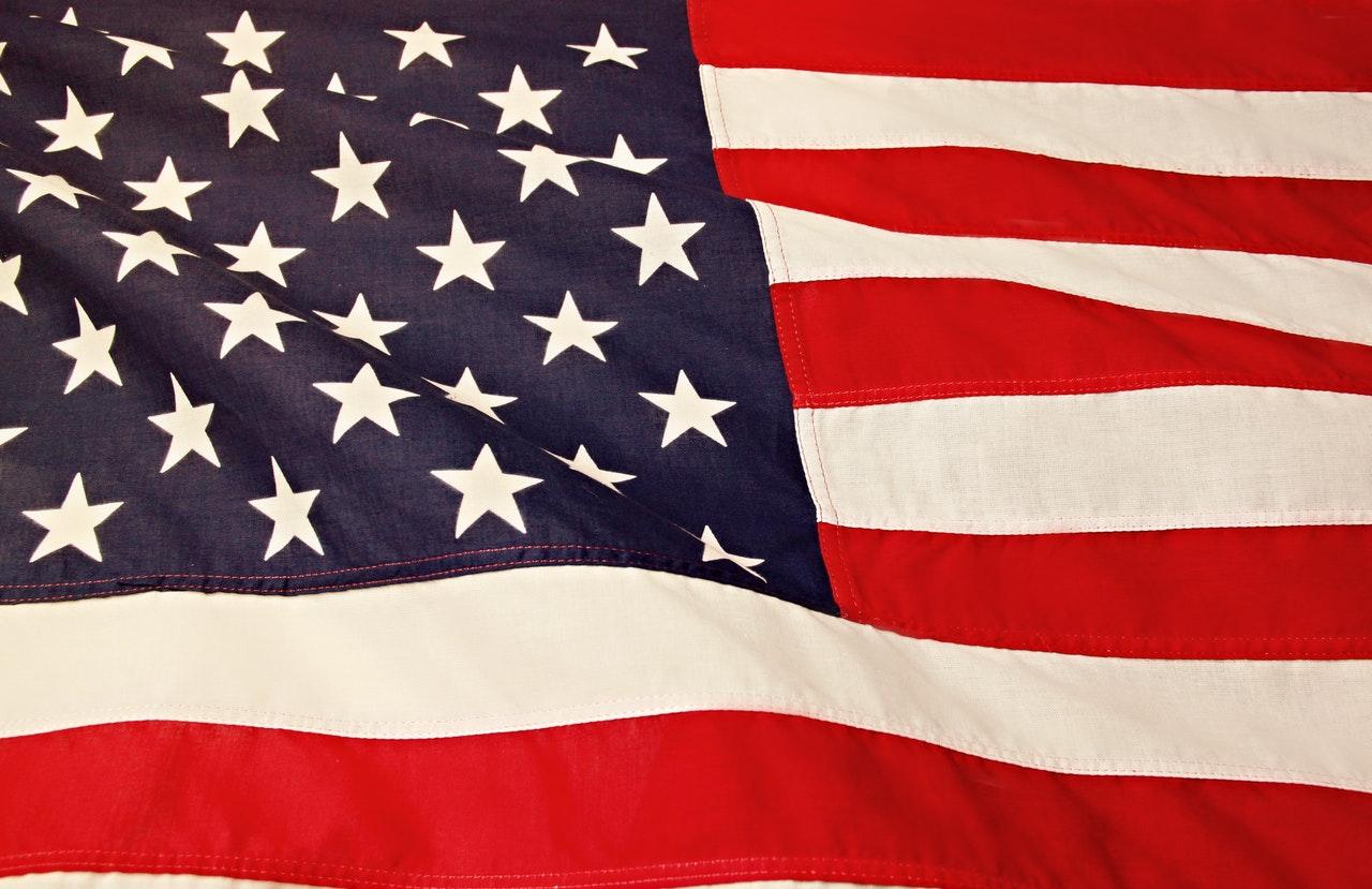 Помощь в эмиграции США